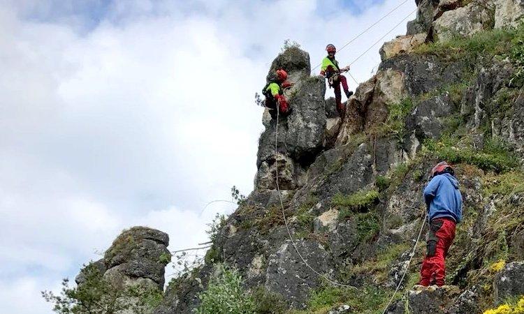 Freischneiden von Felswänden